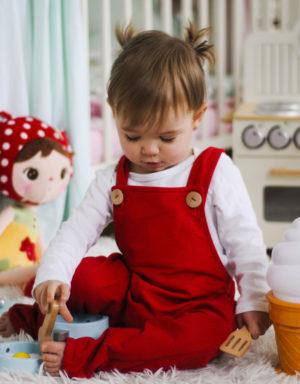 spodnie ogrodniczki niemowlece czerwone