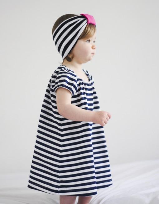 sukienka-letnia-paski-marynarskie