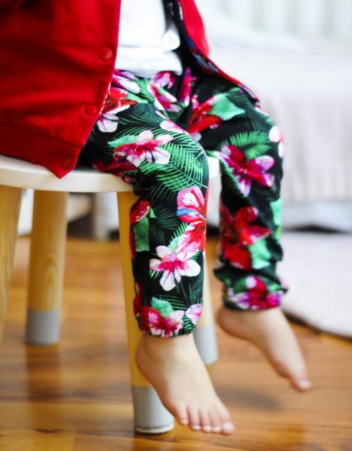 baggy-hibiskus-niemowlak-kurtka