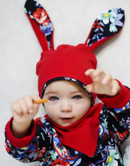 czapka-uszy-królika-apaszka-czerwona-kwiaty