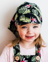 chustka z daaszkiem dla dziecka