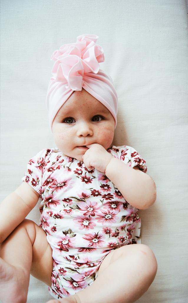turban pudrowy dla niemowlaka