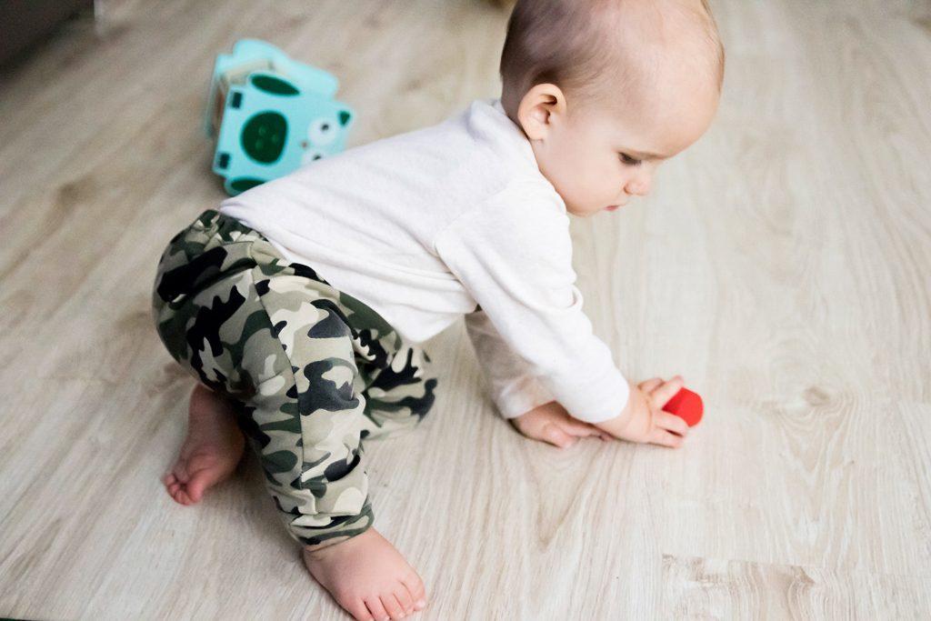 spodnie niemowlęce moro