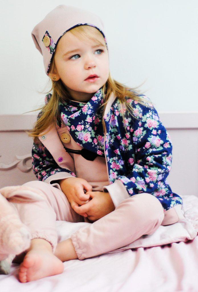 kurtka dla dziewczynki rózyczki