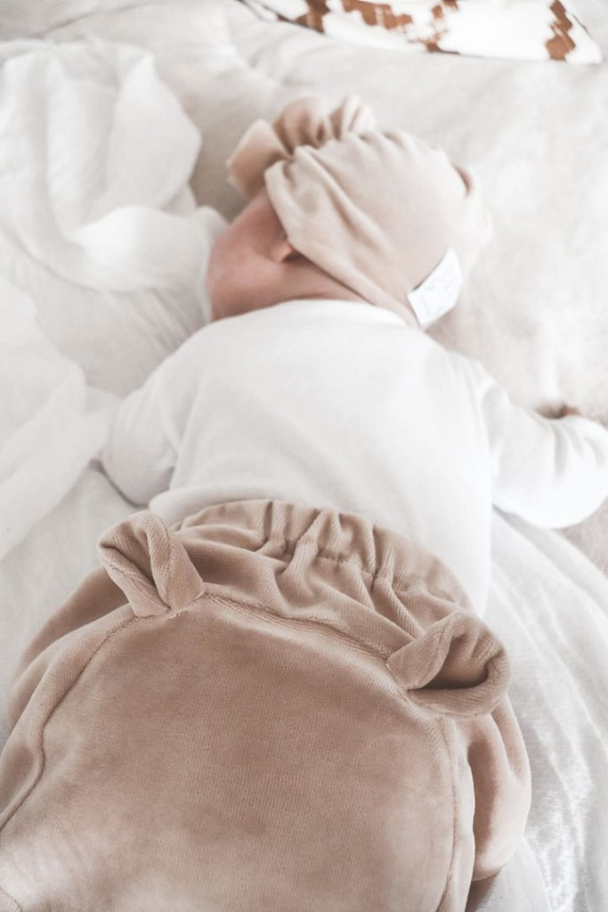 spodnie z uszami dla niemowlaka