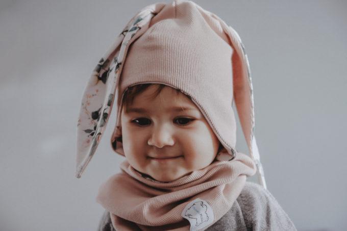 wiosenna czapka z uszami