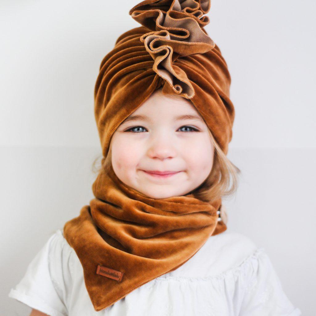 turban welurowy dla dzieczynki karmel brąz