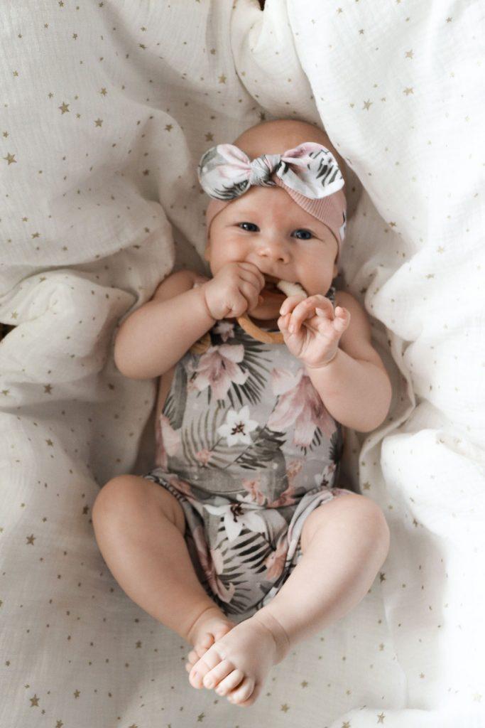 Ubranka dla niemowląt dziewczynek