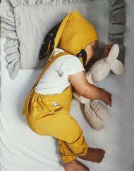 ciuchy niemowlęce