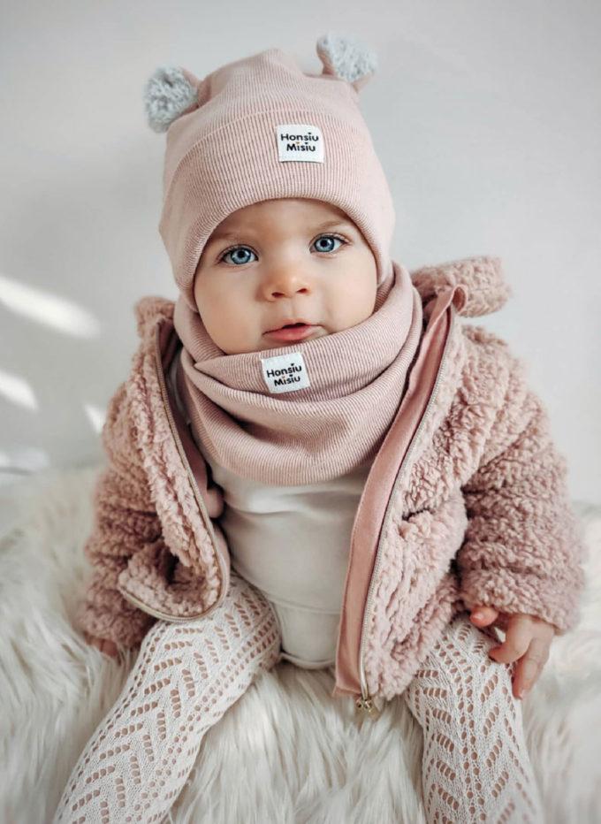 Czapki dla dziewczynek zimowe