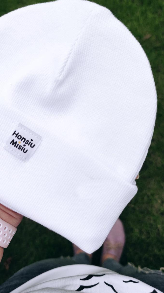 czapka biała chrzest